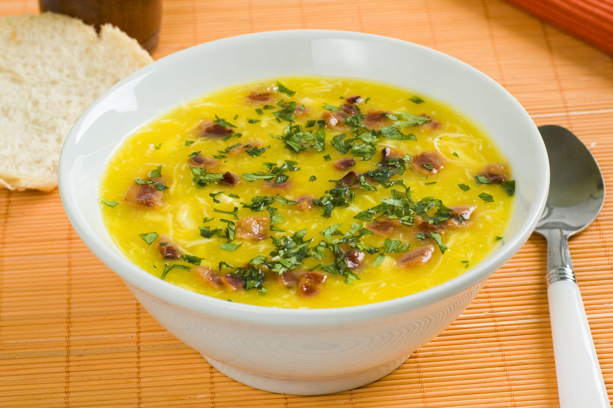 Práticas, rápidas e saudáveis! 3 deliciosas receitas de sopas