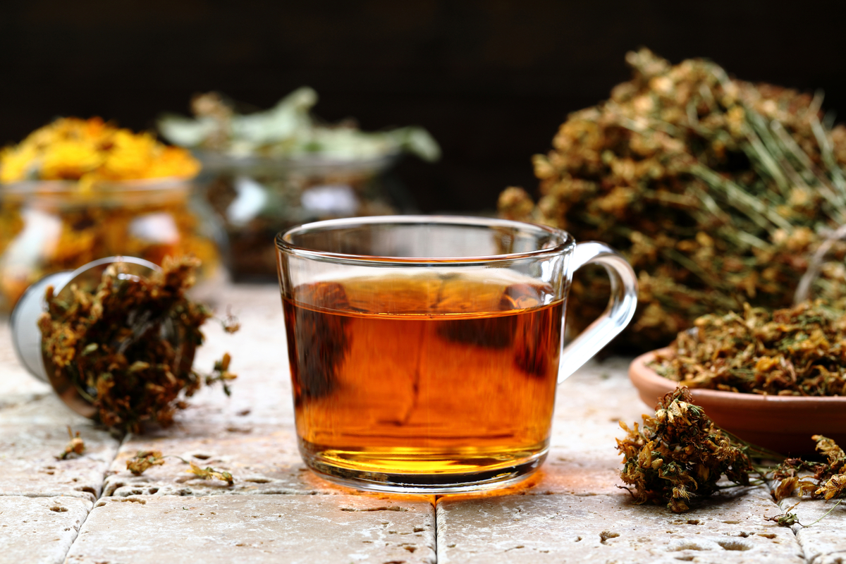 5 chás medicinais para preparar em casa