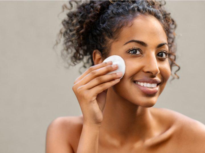 Remova a maquiagem sem danificar a pele