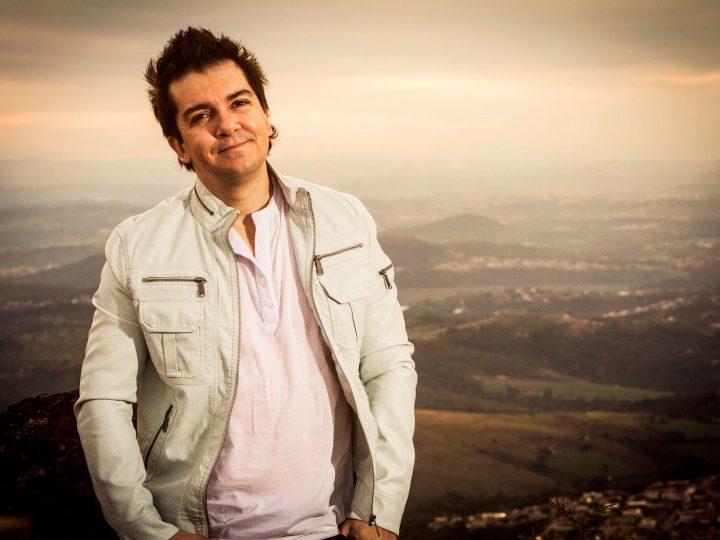 Regis Danese: conheça um pouco mais o cantor gospel