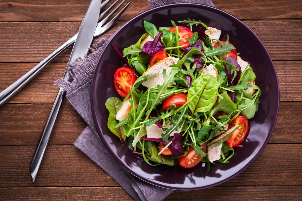 """Saladas leves para dar um """"up"""" na sua dieta"""