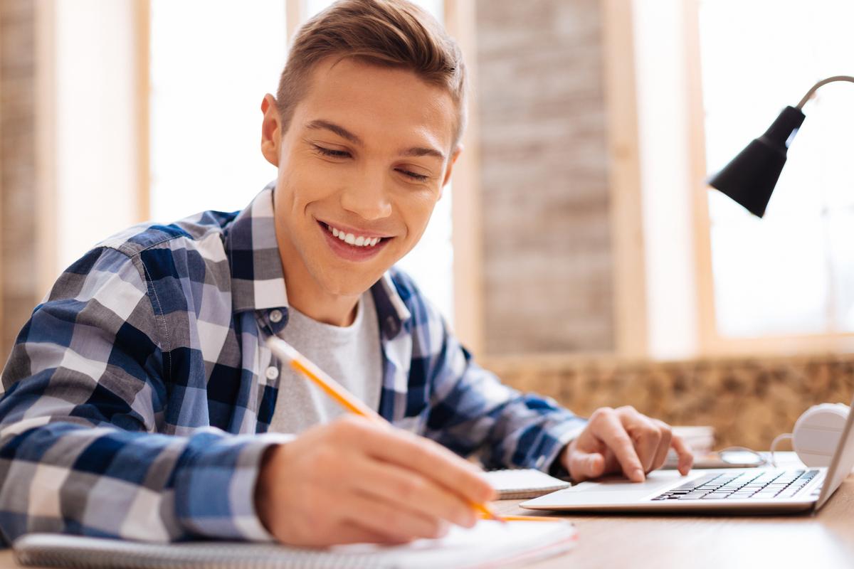 Estude sobre regência verbal e nominal