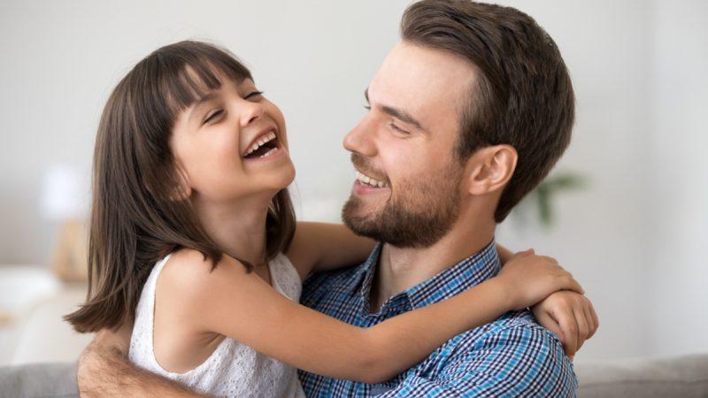 Conheça os benefícios do humor para as crianças